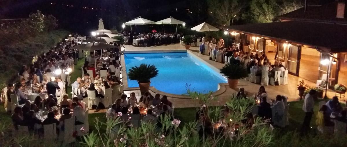 piscina-notturna-panoramica