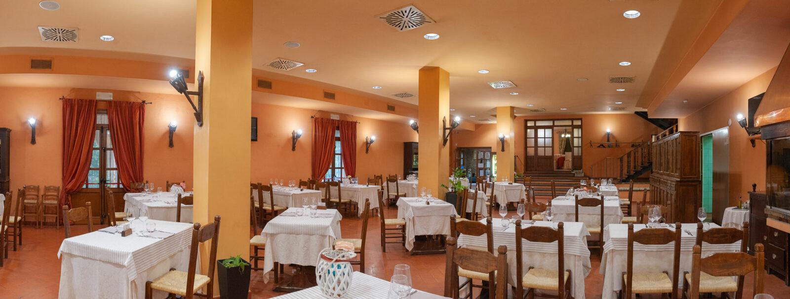 la-fattoria-ristorante-pizzeria-albergo-sala-da-pranzo-piano-terra-2