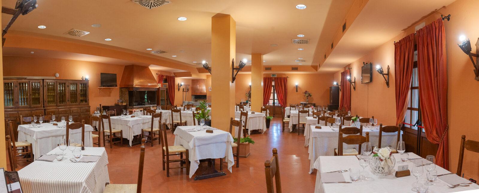 la-fattoria-ristorante-pizzeria-albergo-sala-da-pranzo-piano-terra-4