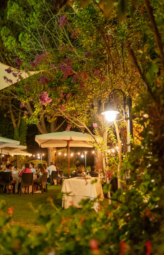 la-fattoria-spoleto-ristorante-pizzeria-albergo-giardino-esterno-detaglio-foto-emanuele-nonni-300dpi-spoleto